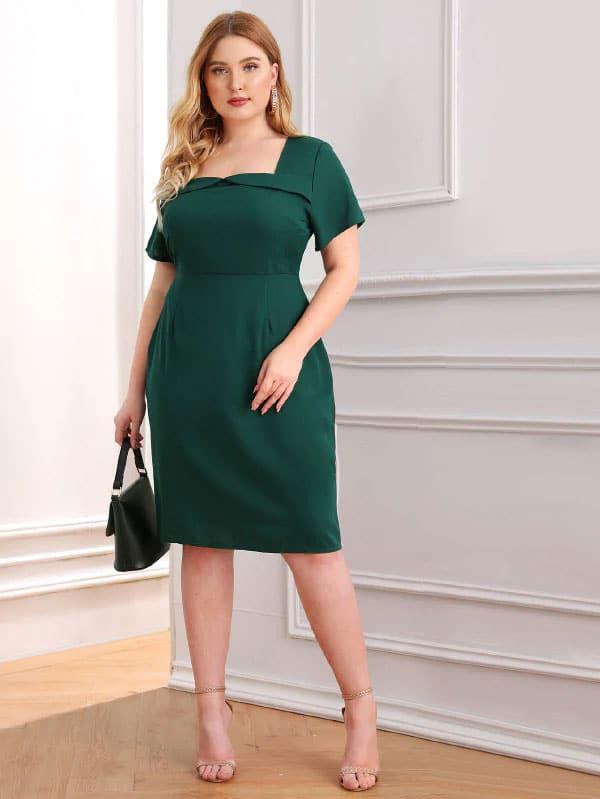 robe grande taille morphologie en V