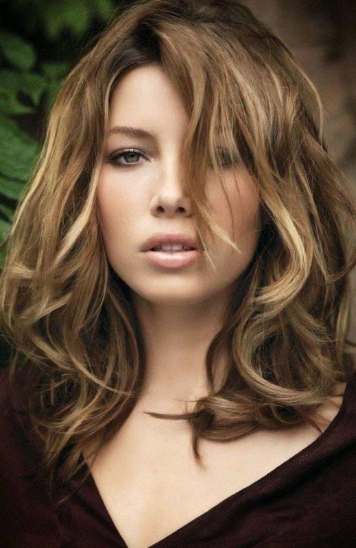 Hair contouring blonde visage rond