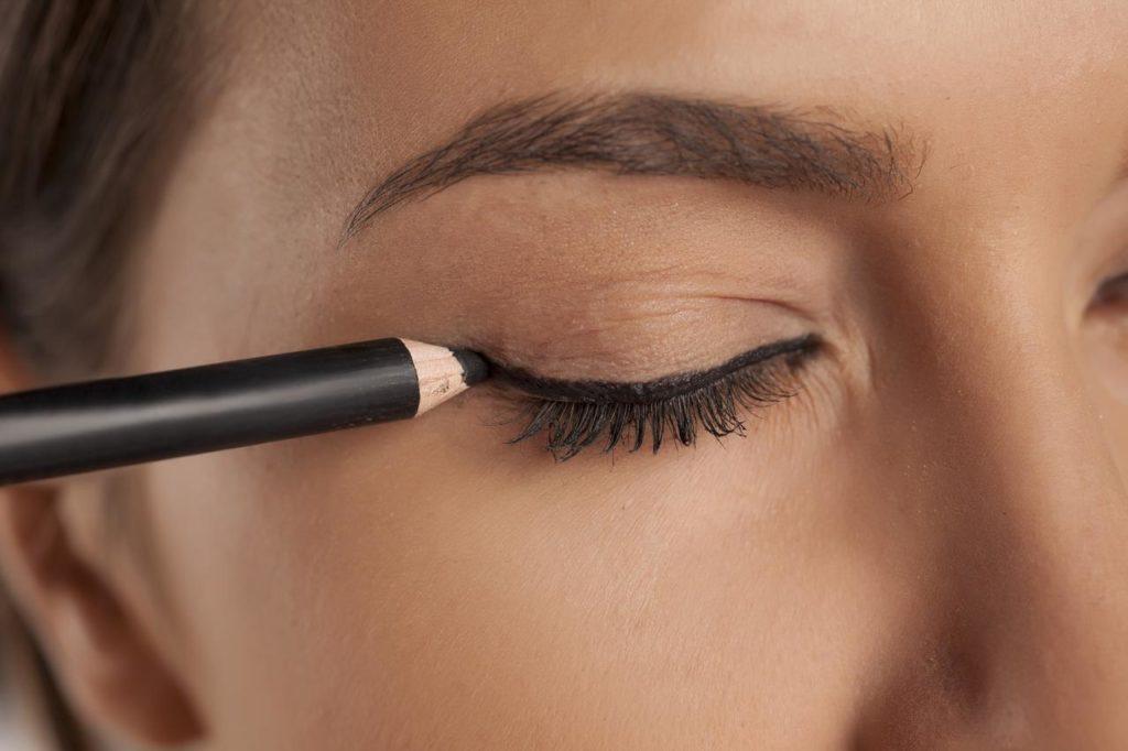 eyeliner crayon