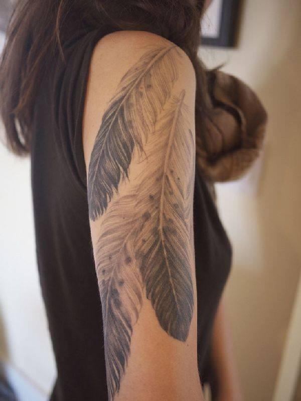 belles idées tatougaes plumes