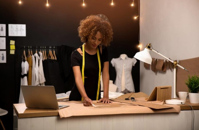 Quelles sont les qualités requises pour devenir créatrice de mode ?
