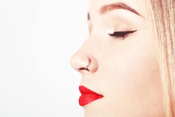 Piercing au nez 10 conseils avant de se lancer