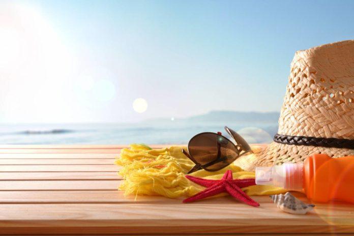 Vacances : quels cosmétiques choisir ?