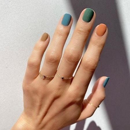 nail art multicolore